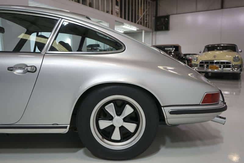 1972 Porsche 911s for sale side cut