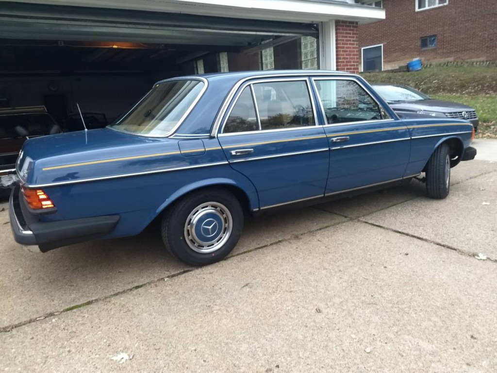1980 Mercedes Benz 240D for sale 4