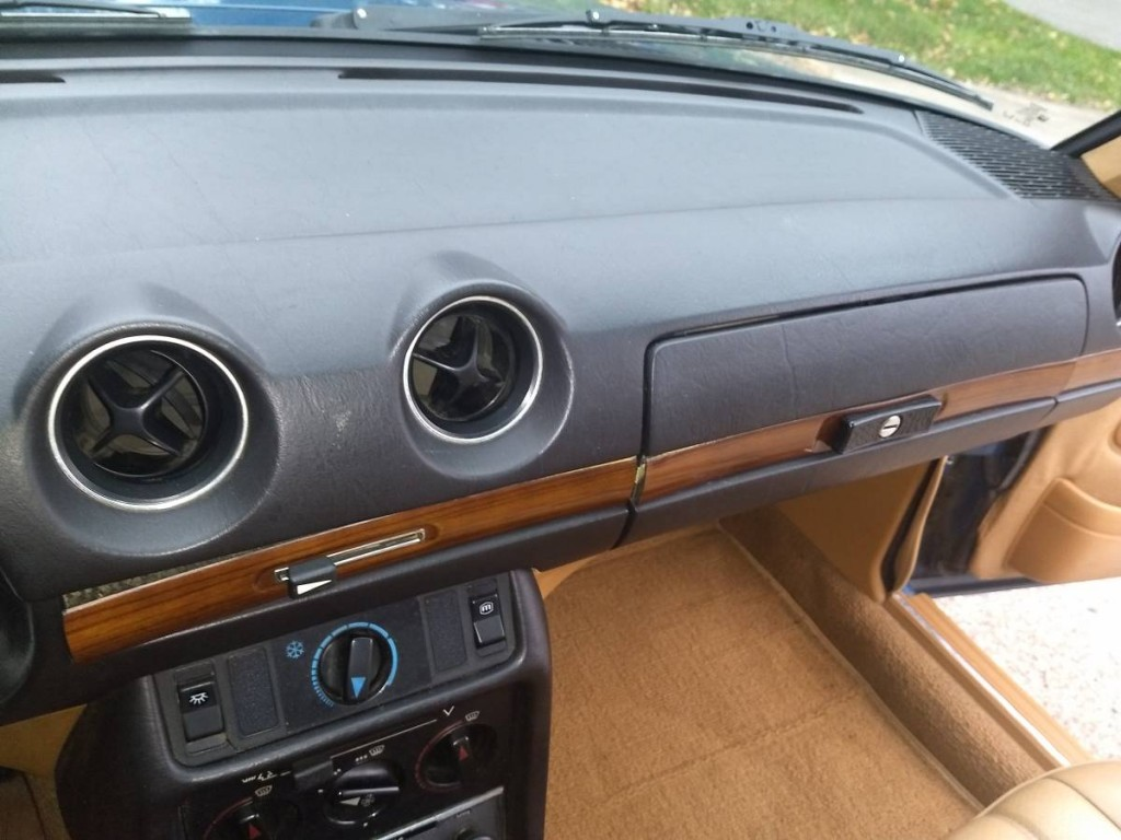 1980 Mercedes Benz 240D for sale 8