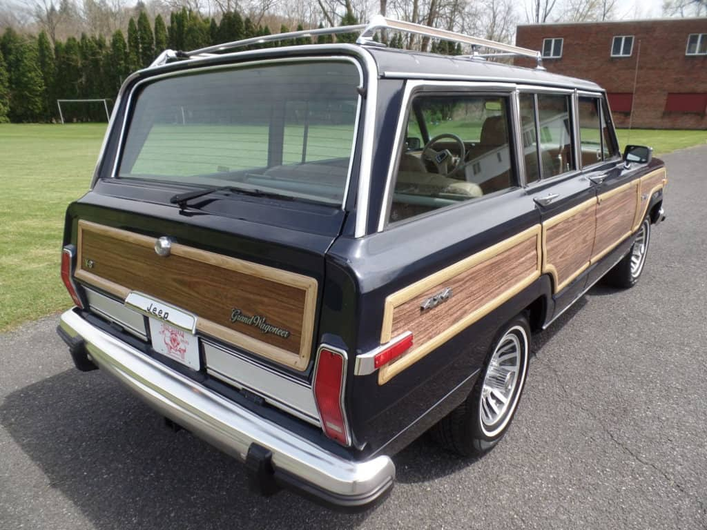 1991 Jeep grand wagoneer for sale 3