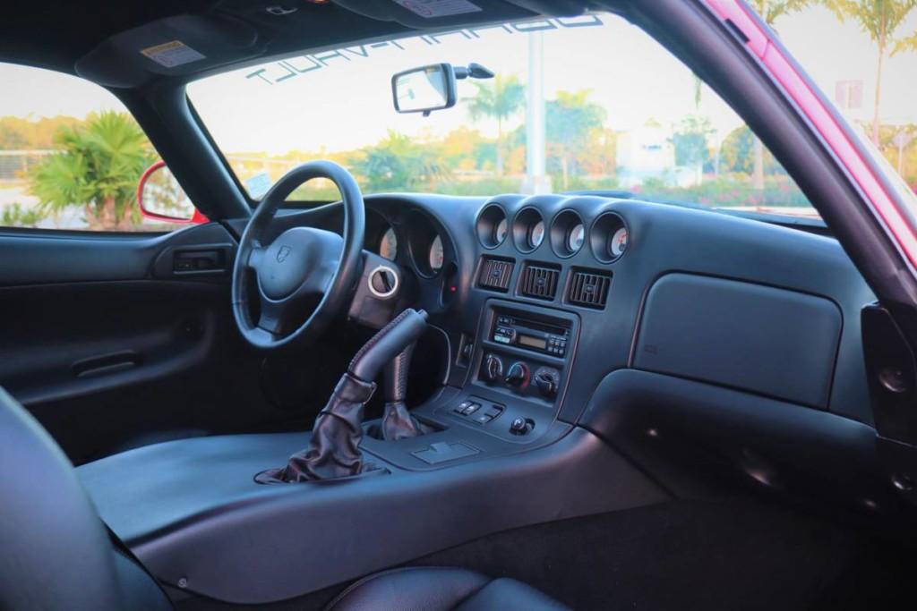 1997 Dodge viper sparkle gold for sale 7