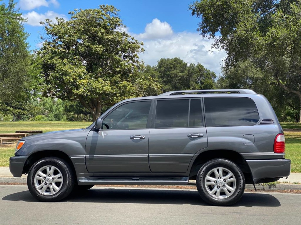 2005 lexus lx470 suv for sale